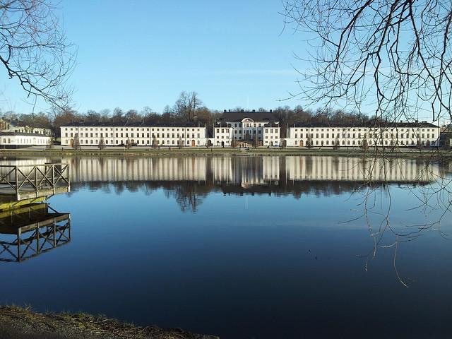 Karlbergs slott på morgonen