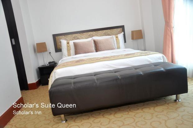 Scholar's Suite Queen
