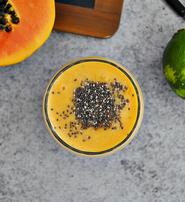 Papaya & Lime Smoothie | www.fussfreecooking.com