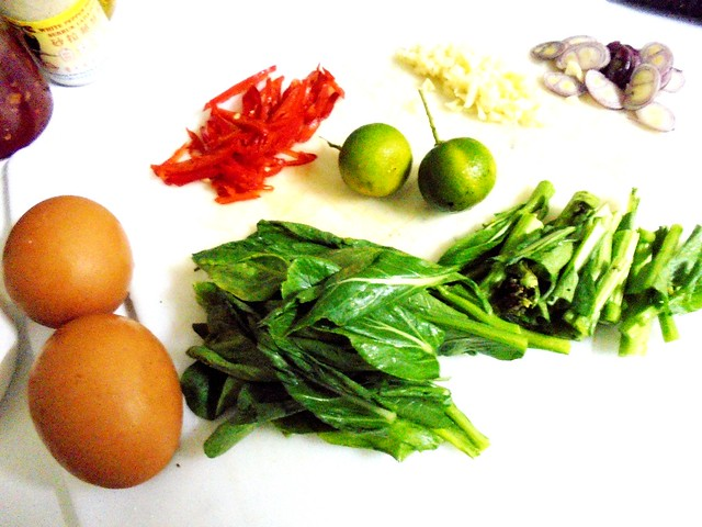 Fried noodles, ingredients