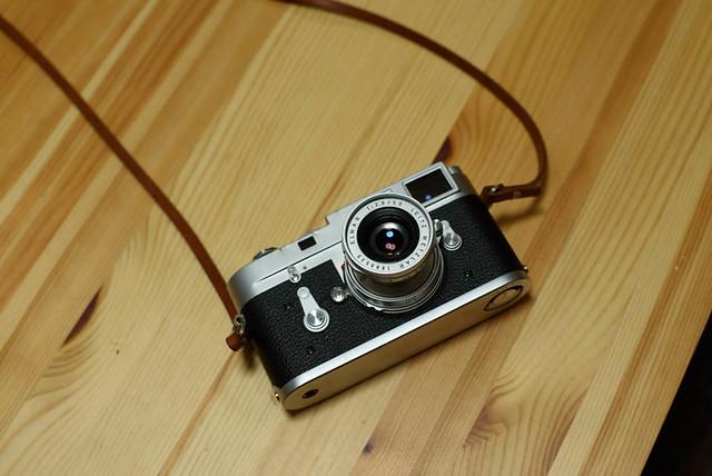 LeicaM2_02