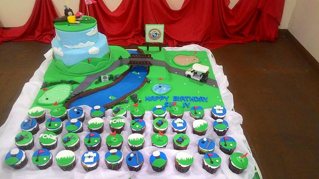 Golf Course Themed Cake by The Army Baker
