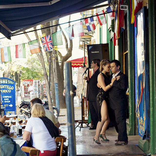Tango en Caminito