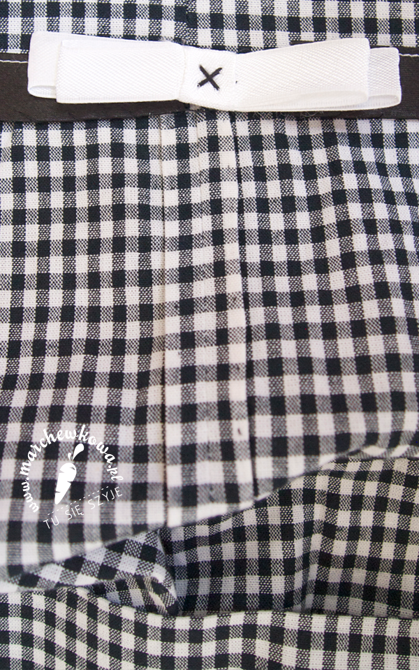 marchewkowa, blog, szafiarka, szycie, krawiectwo, retro, vintage, 50s, wykrój, model 121, Burda 11/2012, bawełna, kreton, kratka, vichy, kimonowe rękawy, patki, guziki, podłożenie, tasiemka, kokardka