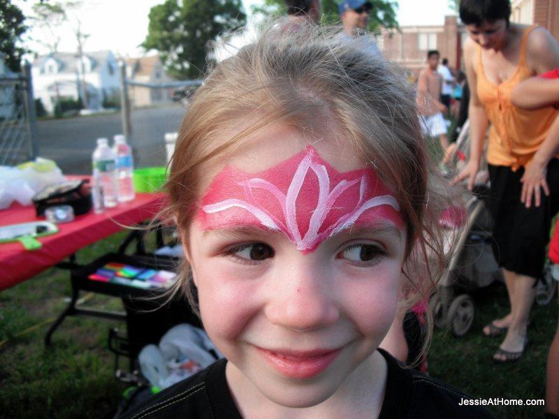 Kyla-face-paint-at-family-fun-night-13