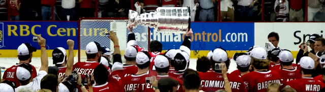 Brind'Amour hoisting the Cup, 2006