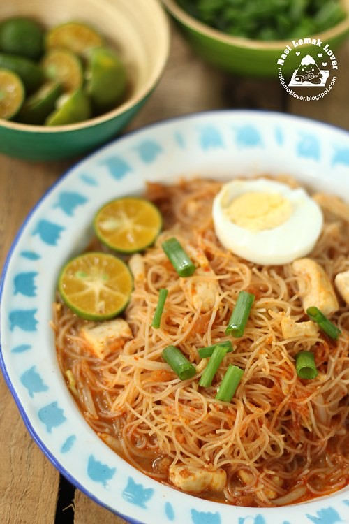 Nasi Lemak Lover: Wet Mee Siam (rice vermicelli in spicy sour gravy ...