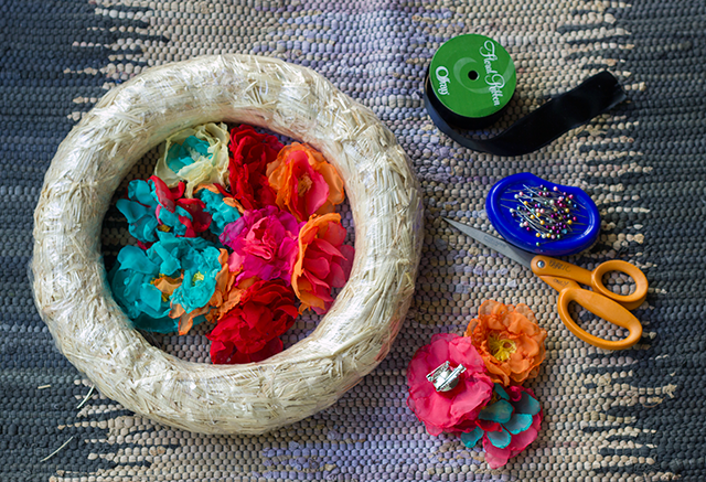 Día de Muertos Inspired Wreath Materials