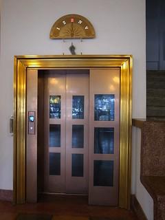 20130718-林百貨的電梯-1