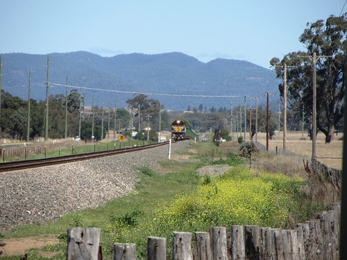 Qube Ore train near Denman, NSW - 19/9/13