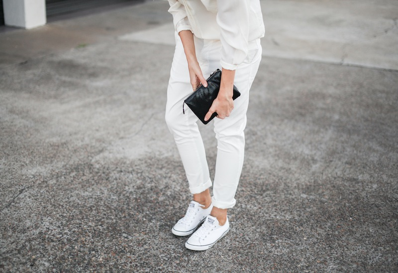 modern legacy fashion style blogger australia Camilla Marc silk shirt Bassike slouch pants Witchery snakeskin clutch Comverse Dainty All Star trainers Sambag sunglasses summer street style (4 of 10)