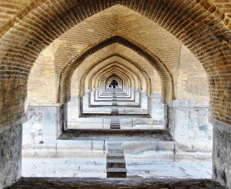 10 Puente deSio Seh Pol o de  los 33 arcos en Isfahan (73)