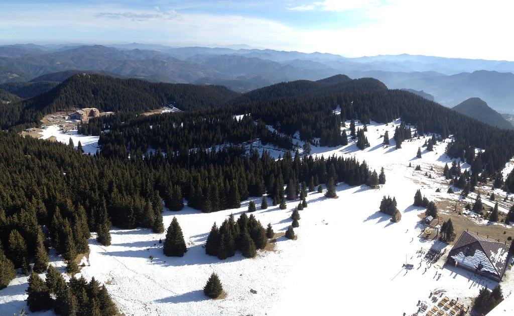 Snowboarding in Pamporovo, Bulgaria