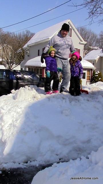 Mountain-of-Snow-Snowpocalypse-14