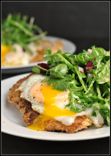 Crispy Baked Chicken with Egg and Arugula Salad 1