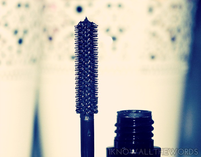 Arbonne It's a Long Story Mascara (2)