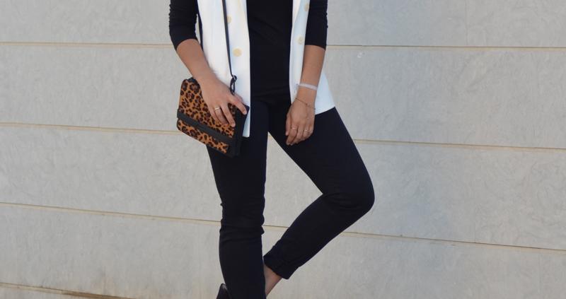 florenciablog total black look chaleco blanco como llevar chalecos leopard print stradivarius  (3)