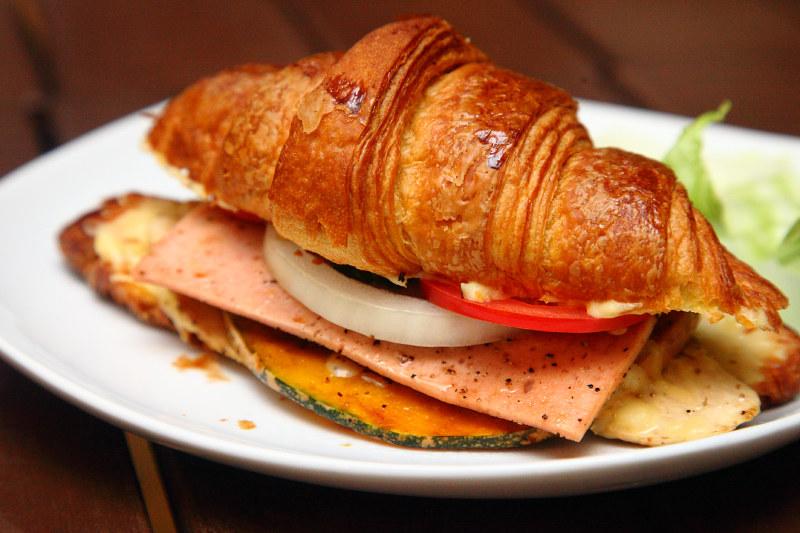 Pumpkin-Mushroom-Croissant