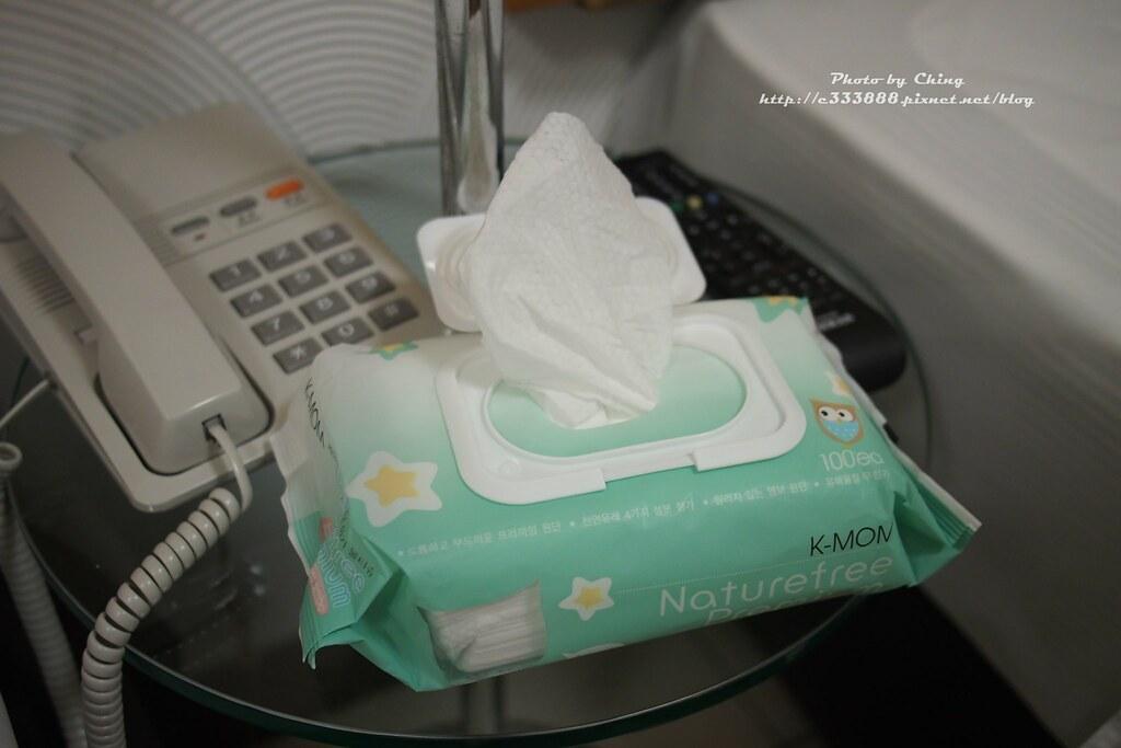 有機自然幼兒濕紙巾(100張) 掀蓋柔花款-1