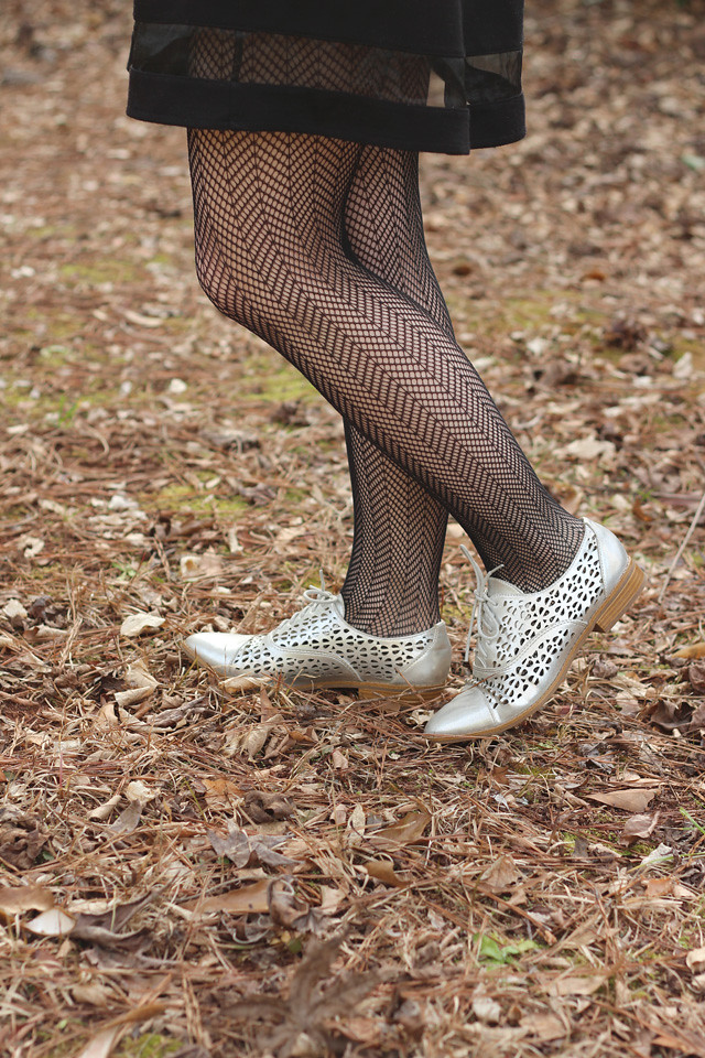 Herringbone Chevron Print Tights with Silver Cutout Oxfords