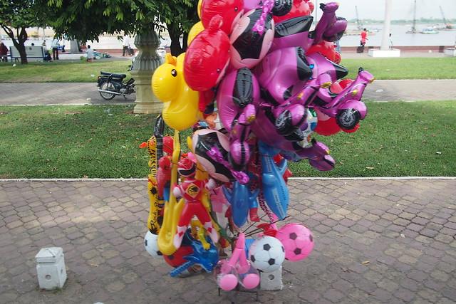 balloon man, Phnom Penh, Cambodia