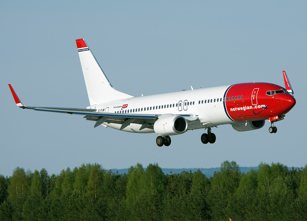 EI-FJM - B738 - Norwegian Air International