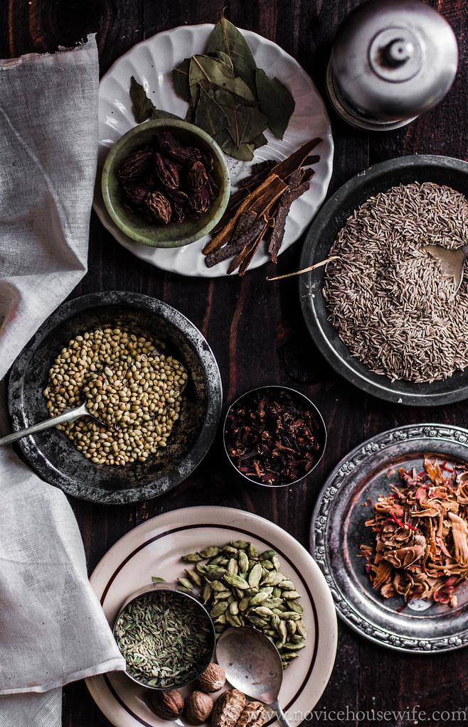 Garam masala tuesdays homemade punjabi garam masala the novice housewife - Garam masala recette ...