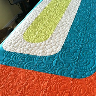 Quilting this cool Groove quilt today! @cpatchworks