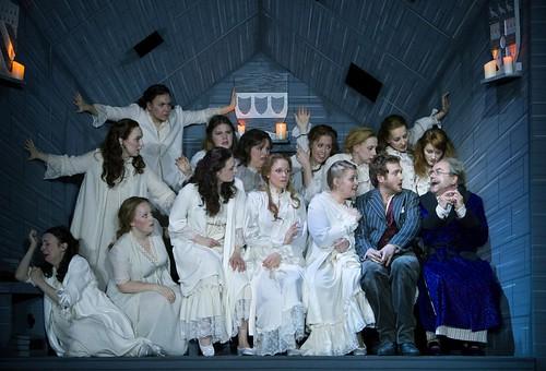 Something's disturbing the Major-General's sleep... The Pirates of Penzance. Scottish Opera & D'Oyly Carte Opera Company. Credit KK Dundas.