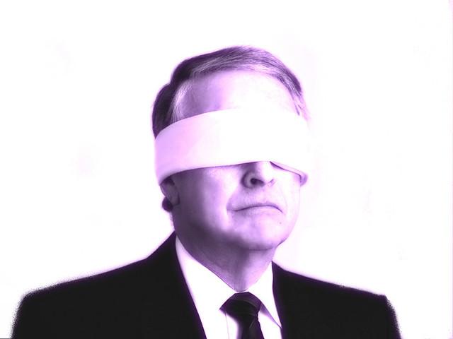 blind manager