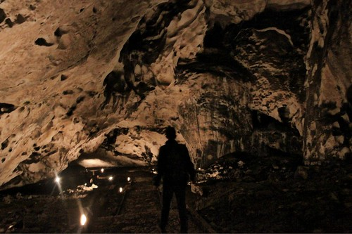man cold dark stand down bulgaria cave magura пещера магура