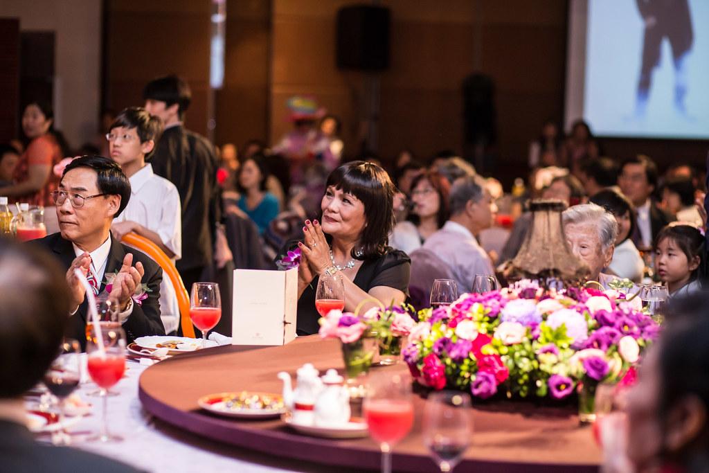 wedding0504-448.jpg
