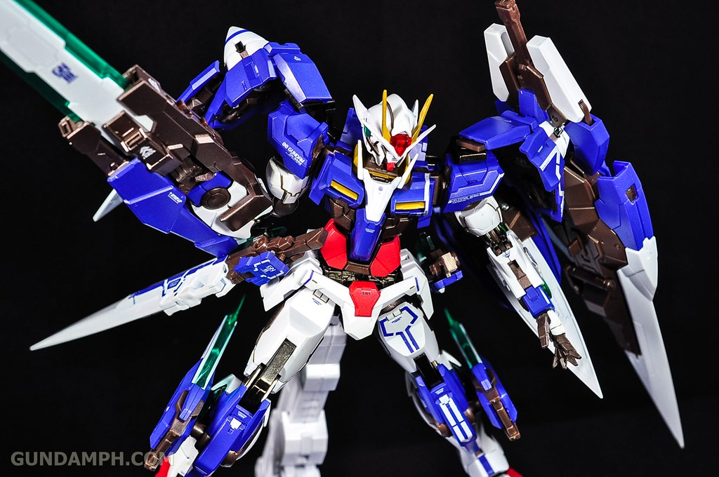 Metal Build 00 Gundam 7 Sword and MB 0 Raiser Review Unboxing (117)