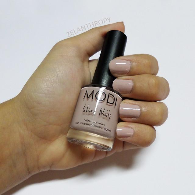 Manicure Monday Modi Glam Nail