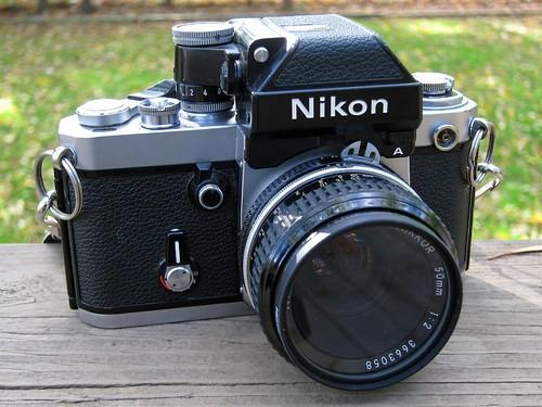 Đánh giá máy ảnh Nikon F2A