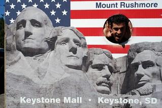 Haciento el tonto de Keystone Mount Rushmore, símbolo del espíritu de una nación - 10910560095 743304f6c8 n - Mount Rushmore, símbolo del espíritu de una nación