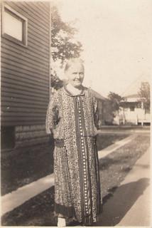 48b Aunty Larson