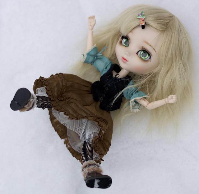 Tyttö-12