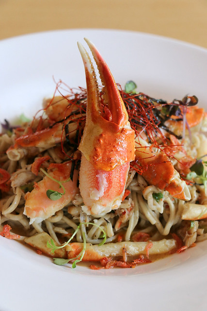 Tri-pepper Spaghettini and Snow Crab