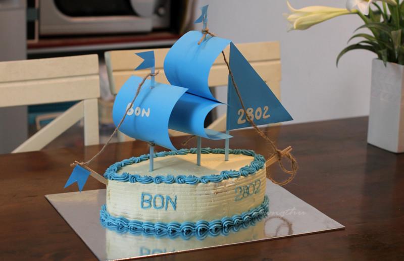 Bánh sinh nhật bạn Bon-nawngthu