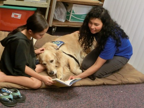 PAWS for Reading courtesy of Makawao Public Library