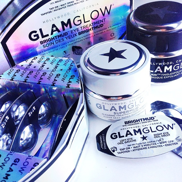 Big fan of the new #glamglow BrightMud for eyes! Just tried it for the first time and wow! It's like instant botox because one of the lines under my eyes became so soft and diffused! Also less puffy!  the product contains 5% active Juvelane which is used