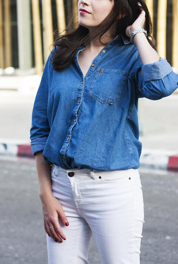 denim blouse, white jeans, outfit, בלוג אופנה, ג'ינס לבן, חולצת ג'ינס