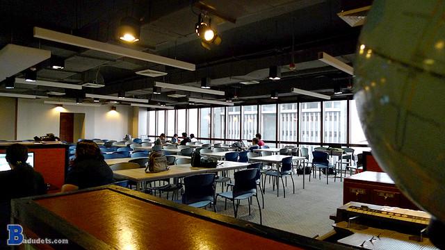 iAcademy's library