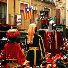 #Patum 2016 series. Queuing ! Fent cua! #fotopatum2016 #patum2016 #berga #mapassionacatalunya #catalunya #catalonia #awesome_shots #awesome #doubletap #l4l #follow #followme #iPhoneography #catalunyaexperience #iPhoneOnly #follow4follow #iger #igers #Igda