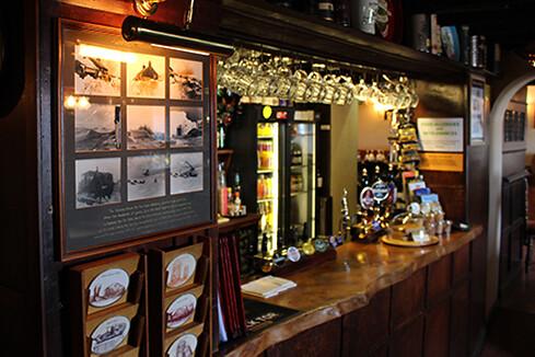 Warren House Inn Bar