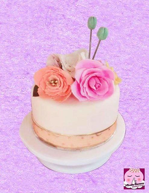 Pretty Simple Cake by Candy Raymundo