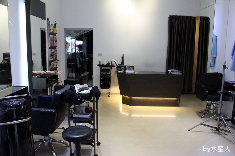 27675758090 80299c3fba b - 熱血採訪。台中北區【YORK Salon】人生中第一次染髮記錄,剪燙染護一次完成!