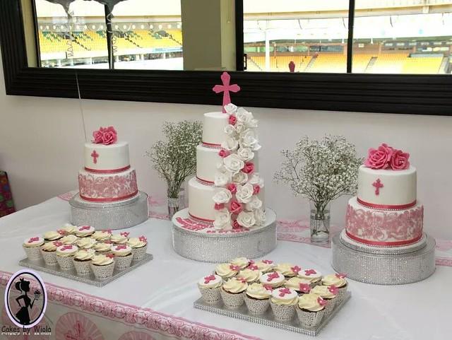 Cake by Wiola Viola of Cakes by Wiola