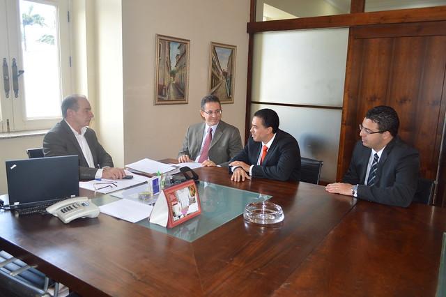 Agenda de Reuniões e Visitas - Abril 2013